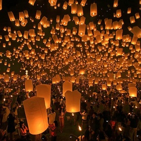 Attend a lantern festival - Bucket List Ideas