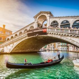 Travel to venice, Italy - Bucket List Ideas