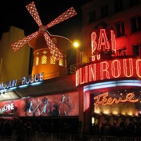 Voir un spectacle au Moulin Rouge - Bucket List Ideas