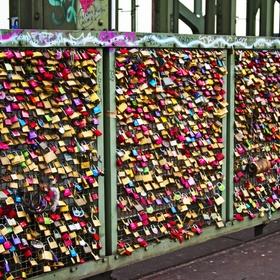 ATTACH A LOCK TO A LOVE BRIDGE - Bucket List Ideas