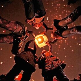 Launch a Sky-Lantern! - Bucket List Ideas