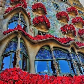 Follow in Gaudi's footsteps in Barcelona - Bucket List Ideas