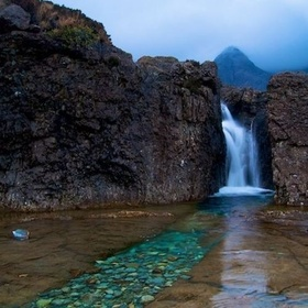 Wiggle My Toes in Fairy Pools - Bucket List Ideas