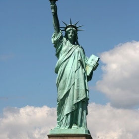 Visit the Statue of Liberty in New York - Bucket List Ideas