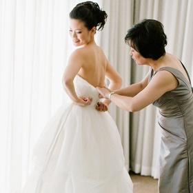 Go wedding dress shopping with my mom - Bucket List Ideas