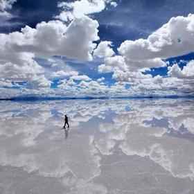 Visit Salar de Uyuni, Bolivia - Bucket List Ideas