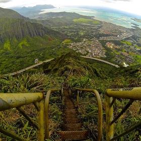 Climb the haiku stairs - Bucket List Ideas