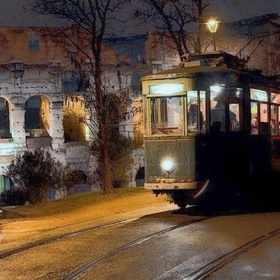 Hop Aboard a Vintage City Tram for Dinner and an Evening of Live Jazz Music - Bucket List Ideas