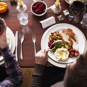 Take a homeless stranger out to dinner - Bucket List Ideas