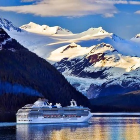 VISIT ALASKA/GO ON AN ALASKAN CRUISE - Bucket List Ideas