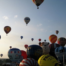 Go on a hot air balloon ride - Bucket List Ideas