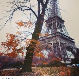 Visit Paris and go to the Eiffel Tower & Lover's Bridge - Bucket List Ideas