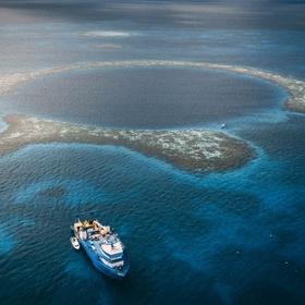 Go scuba diving in Belize's blue hole - Bucket List Ideas