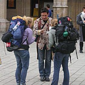 Backpack around the world at random - Bucket List Ideas