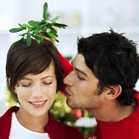 Kiss under the mistletoe - Bucket List Ideas