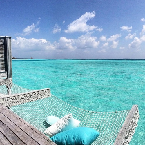 Take my family to a sea bungalow in the Maldives - Bucket List Ideas