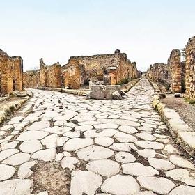 Visit Herculaneum - Bucket List Ideas