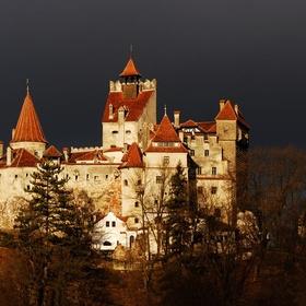 Visit Romania and see Dracula's Castle - Bucket List Ideas