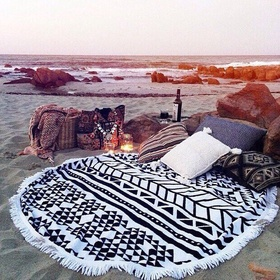 Take a blanket and pillows to the beach and have a picnic - Bucket List Ideas