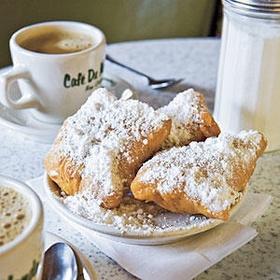 Eat beignets in New Orleans - Bucket List Ideas