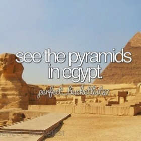 Visit the great pyramids of giza in egypt - Bucket List Ideas