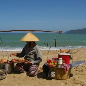 Eat Crab or Lobster on the Beach - Bucket List Ideas