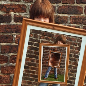 Take a Photo with an old Photo - Bucket List Ideas