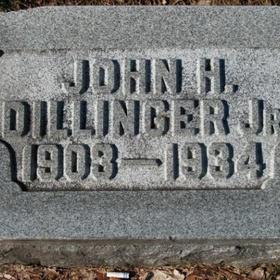 Visit John Dillinger's grave - Bucket List Ideas