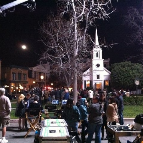 Aller à Rosewood (studio PLL) - Bucket List Ideas