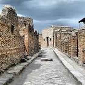 Visit Pompei, Italy - Bucket List Ideas