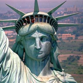Stand in the Crown of statue of liberty - Bucket List Ideas