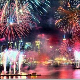 Watch Macy's Fourth of July Fireworks in New York City - Bucket List Ideas