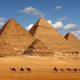 Go in Egypt and see the pyramids - Bucket List Ideas