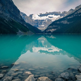 Visit Baniff and Lake Louise - Bucket List Ideas
