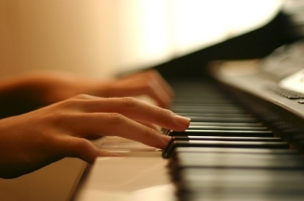 Learn how to play piano - Bucket List Ideas