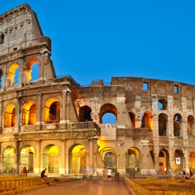 See the colosseum in rome, italy - Bucket List Ideas