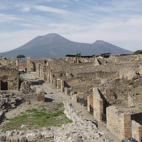 Travel to pompeii - Bucket List Ideas