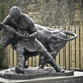 See the 'Turning of the Bull' monument - Bucket List Ideas
