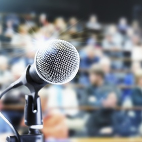 Make a speech in front of a large audience - Bucket List Ideas