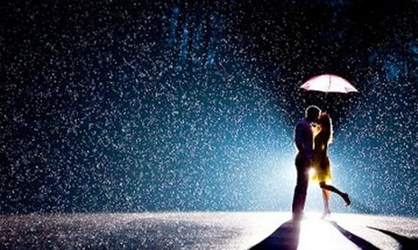 Passionately kiss in the rain - Bucket List Ideas