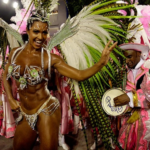 GO TO RIO CARNAVAL - Bucket List Ideas