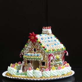 Make a gingerbread house from scratch - Bucket List Ideas