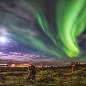 Kiss Under the Northern Lights - Bucket List Ideas