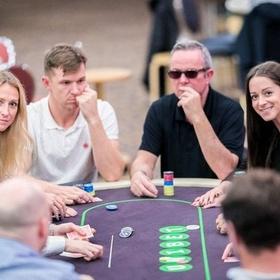 Pentingnya Jaringan Bagus di Permainan PokerV - Bucket List Ideas