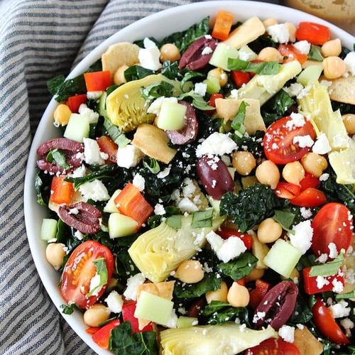 Make a Mediterranean salad - Bucket List Ideas
