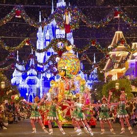 Go to Disney during Christmas time - Bucket List Ideas