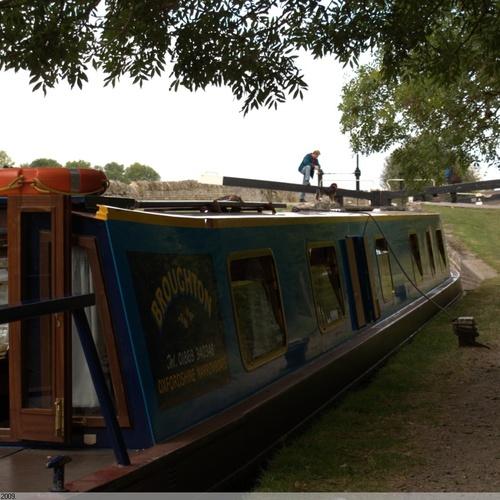 Holiday on a Narrow Boat - Bucket List Ideas