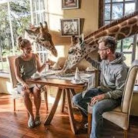 Eat at Giraffe Manor, Nairobi, Kenya - Bucket List Ideas