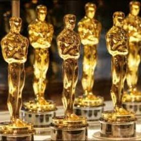 Watch all the oscar-winning films of the year - Bucket List Ideas
