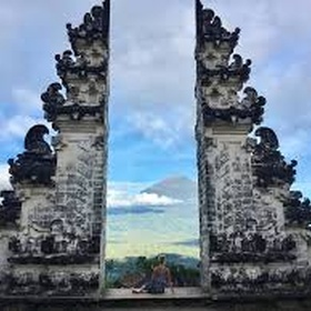 Step in the Middle of the Pura Lempuyang in Indonesia - Bucket List Ideas